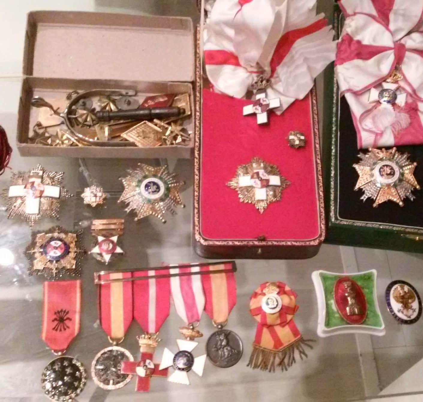 Antiguedades bermudez compra de antiguedades en madrid for Compra de objetos antiguos